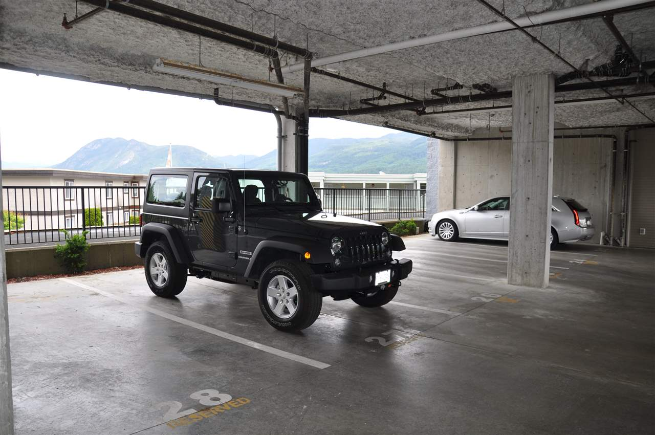 Condo Apartment at 12 5780 TRAIL AVENUE, Unit 12, Sunshine Coast, British Columbia. Image 19