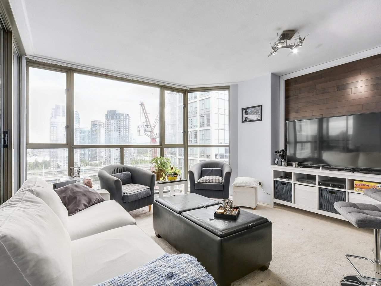 Condo Apartment at 1202 888 PACIFIC STREET, Unit 1202, Vancouver West, British Columbia. Image 2
