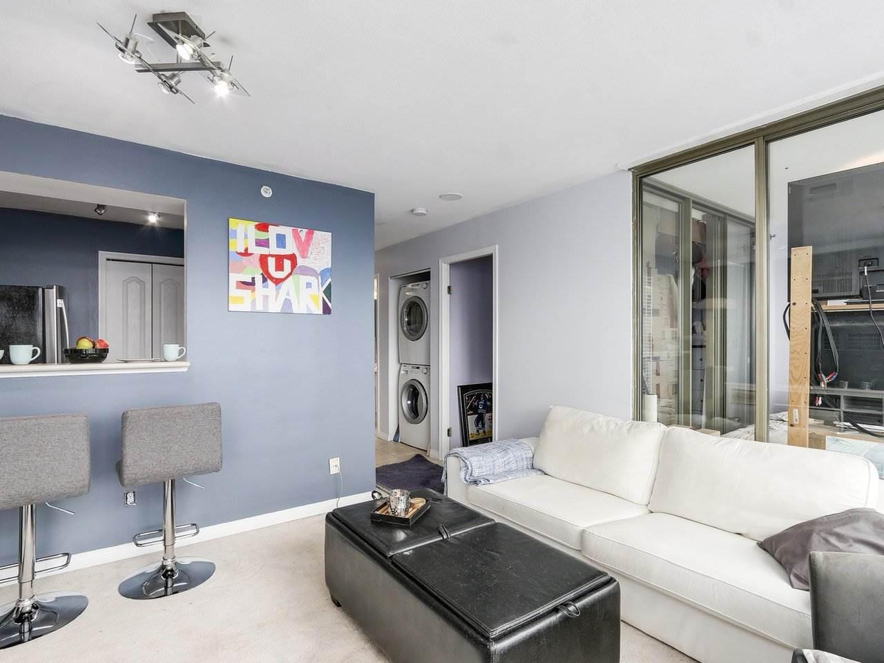 Condo Apartment at 1202 888 PACIFIC STREET, Unit 1202, Vancouver West, British Columbia. Image 4