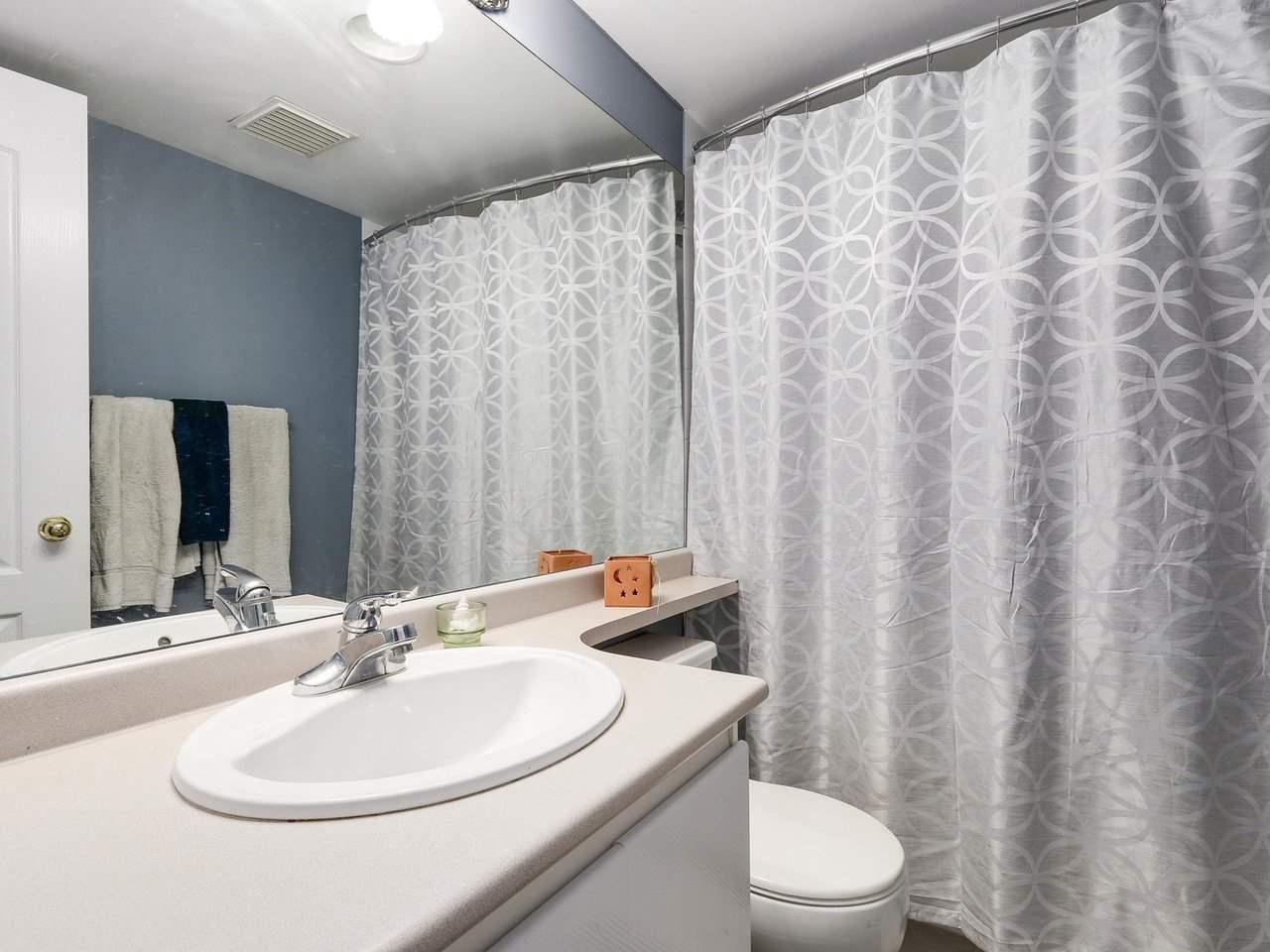 Condo Apartment at 1202 888 PACIFIC STREET, Unit 1202, Vancouver West, British Columbia. Image 9