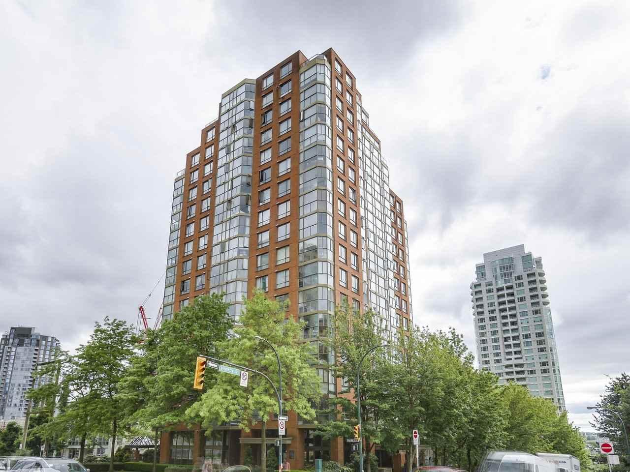 Condo Apartment at 1202 888 PACIFIC STREET, Unit 1202, Vancouver West, British Columbia. Image 15