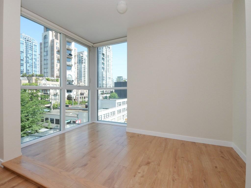 Condo Apartment at 706 1318 HOMER STREET, Unit 706, Vancouver West, British Columbia. Image 8