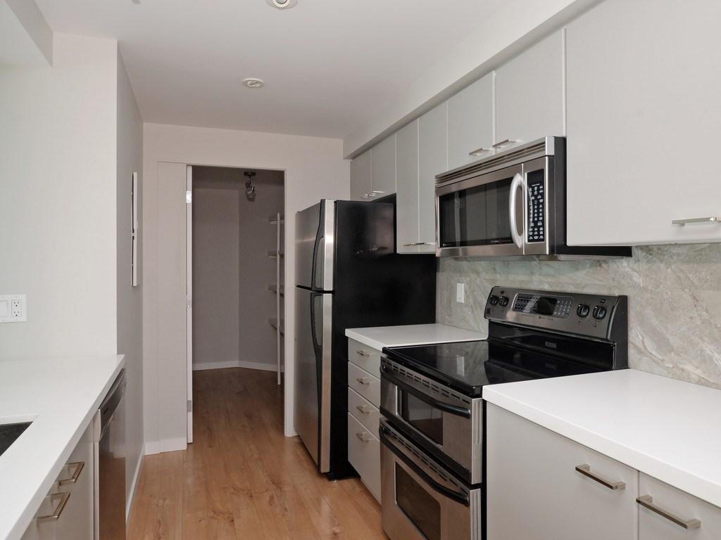 Condo Apartment at 706 1318 HOMER STREET, Unit 706, Vancouver West, British Columbia. Image 11