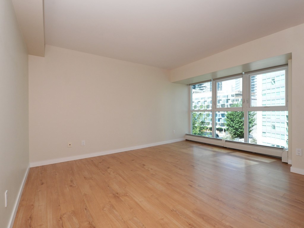 Condo Apartment at 706 1318 HOMER STREET, Unit 706, Vancouver West, British Columbia. Image 13