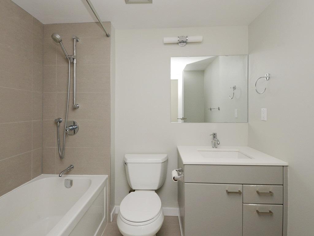 Condo Apartment at 706 1318 HOMER STREET, Unit 706, Vancouver West, British Columbia. Image 15