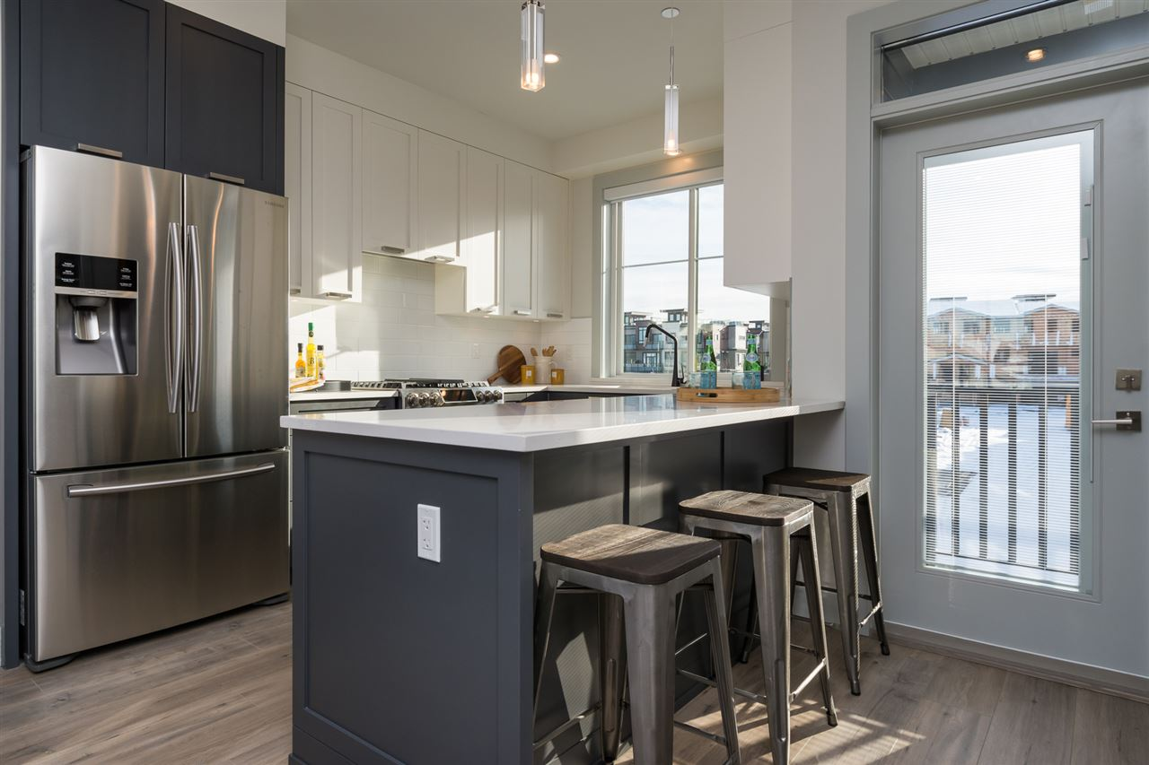 Townhouse at 10 188 WOOD STREET, Unit 10, New Westminster, British Columbia. Image 3