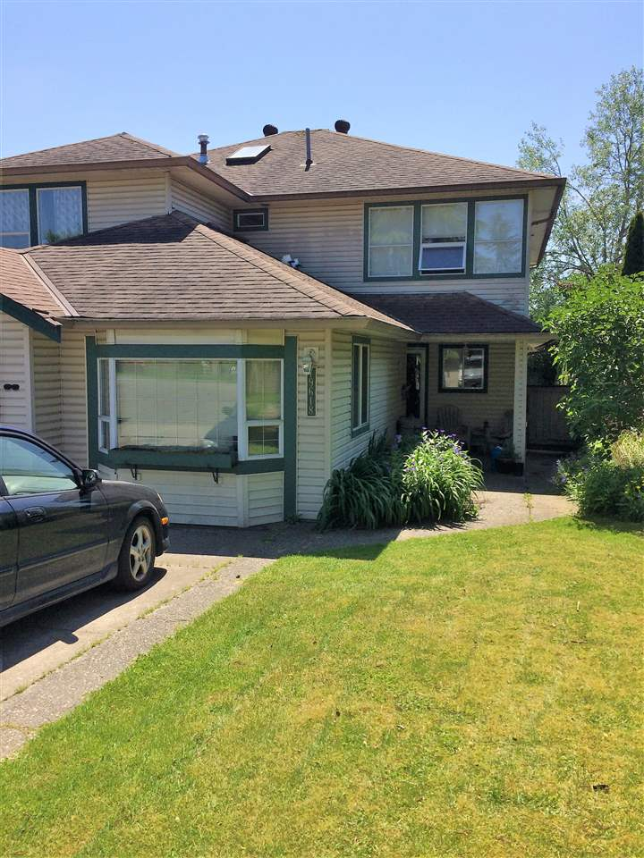 Half-duplex at 19618 55A AVENUE, Langley, British Columbia. Image 1