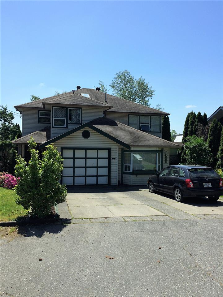 Half-duplex at 19626 55A AVENUE, Langley, British Columbia. Image 2