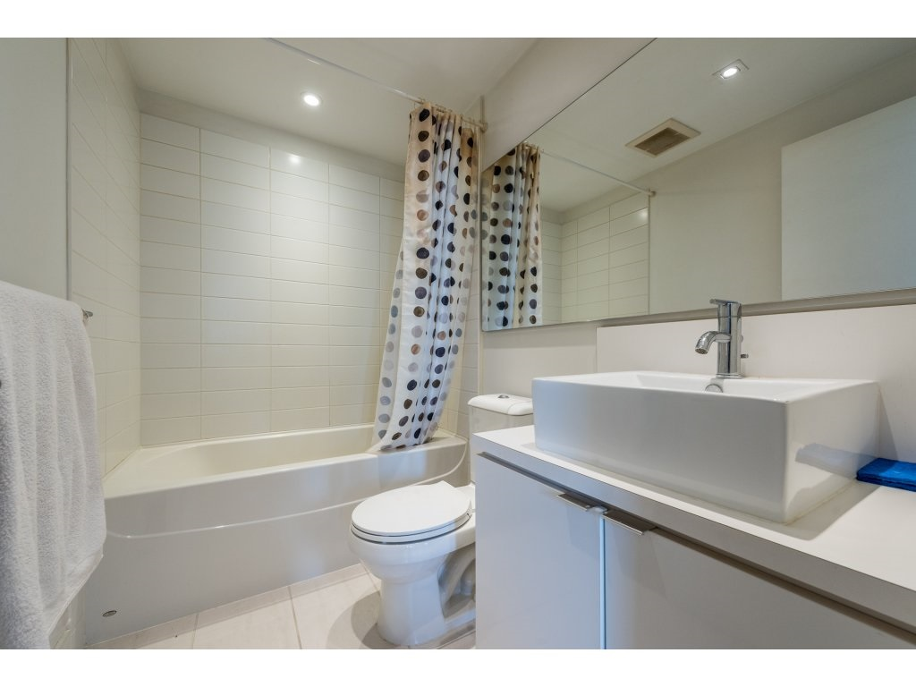 Condo Apartment at 1906 4808 HAZEL STREET, Unit 1906, Burnaby South, British Columbia. Image 12