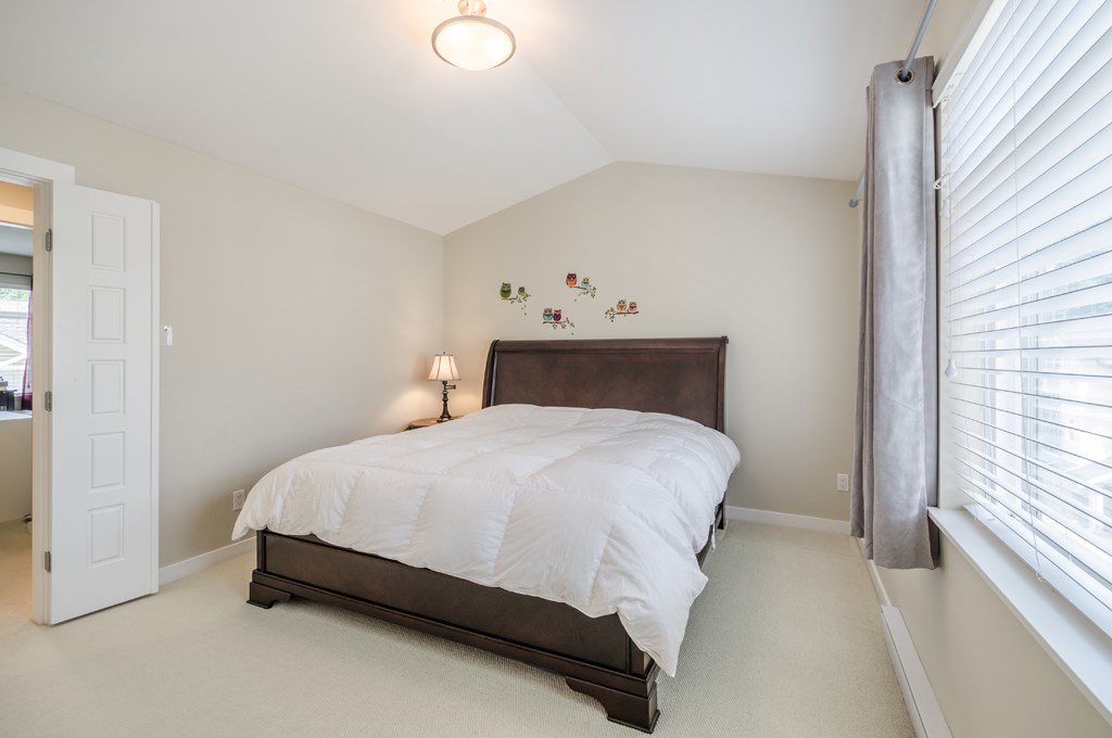 Townhouse at 31 2925 KING GEORGE BOULEVARD, Unit 31, South Surrey White Rock, British Columbia. Image 11