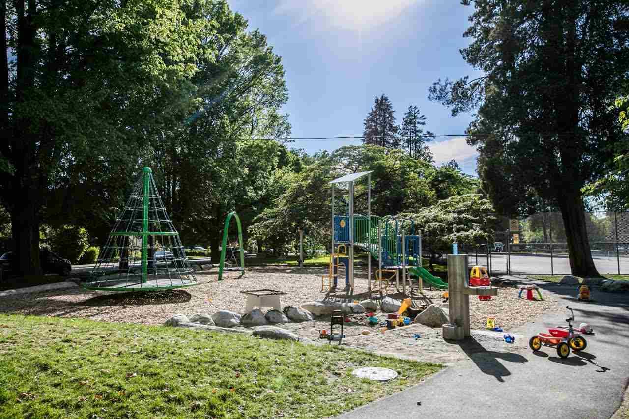 Condo Apartment at 205 3875 W 4TH AVENUE, Unit 205, Vancouver West, British Columbia. Image 15