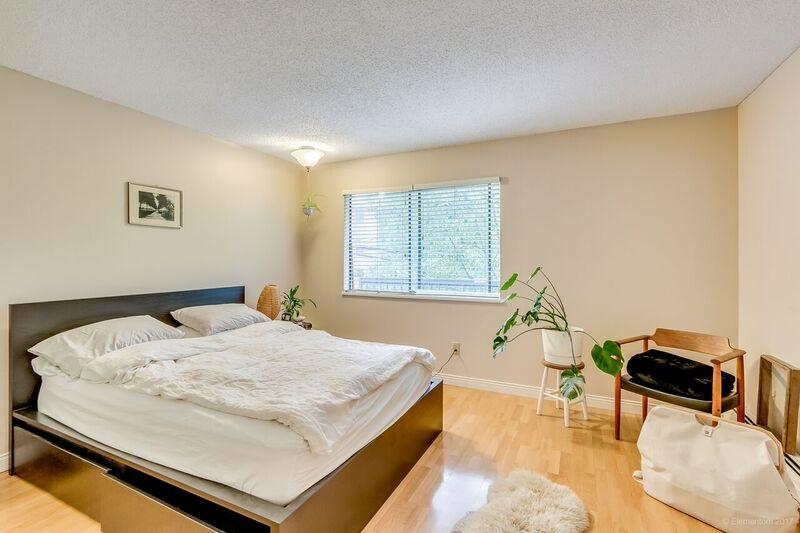 Condo Apartment at 305 334 E 5TH AVENUE, Unit 305, Vancouver East, British Columbia. Image 3