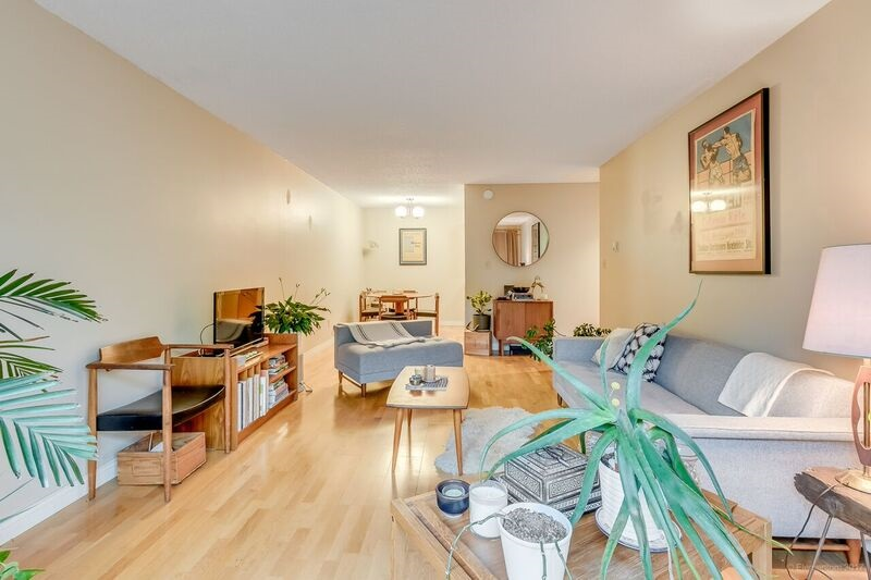 Condo Apartment at 305 334 E 5TH AVENUE, Unit 305, Vancouver East, British Columbia. Image 12