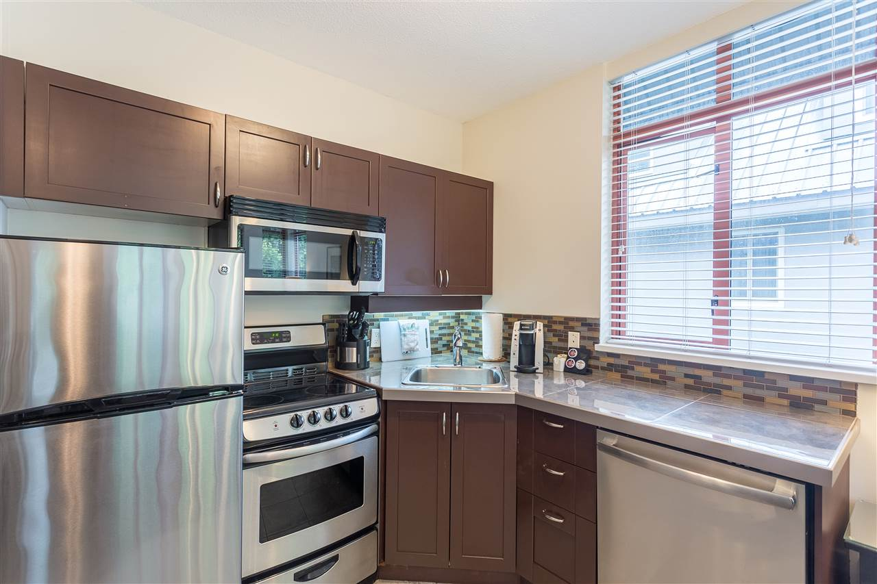 Condo Apartment at 325 4369 MAIN STREET, Unit 325, Whistler, British Columbia. Image 6