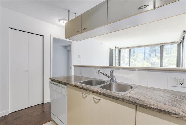 Condo Apartment at 511 1331 ALBERNI STREET, Unit 511, Vancouver West, British Columbia. Image 3