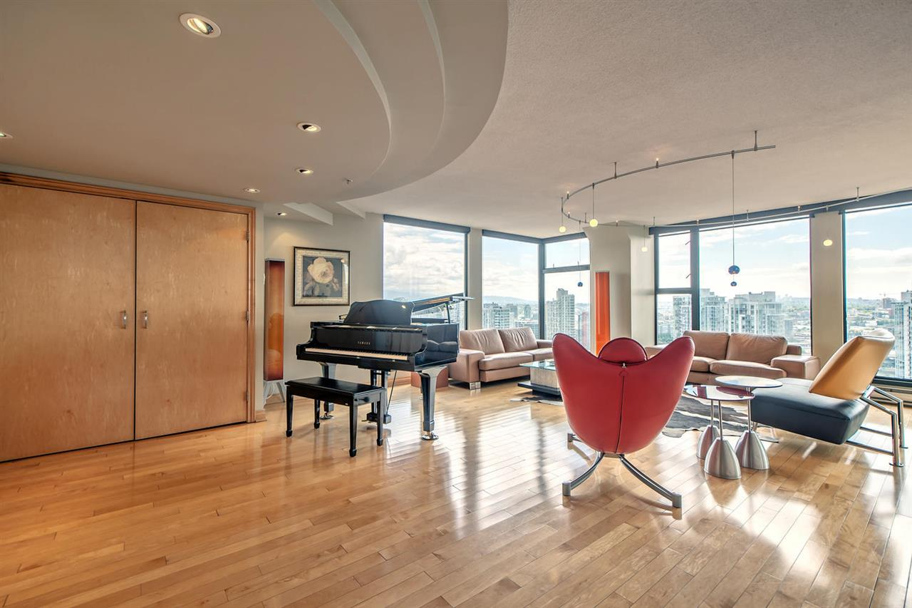 Condo Apartment at 2801 1155 HOMER STREET, Unit 2801, Vancouver West, British Columbia. Image 3