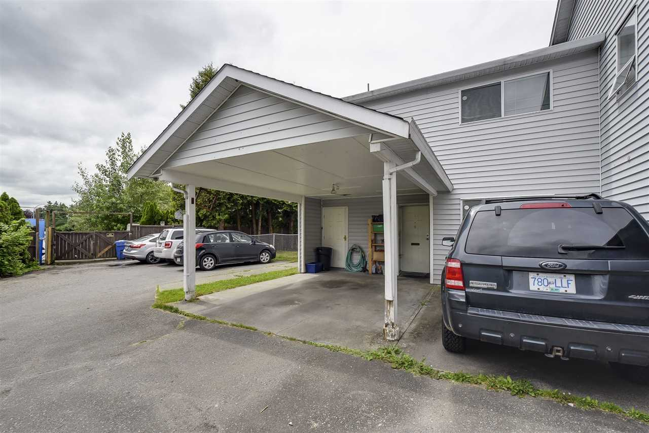Townhouse at 5 19860 56 AVENUE, Unit 5, Langley, British Columbia. Image 2