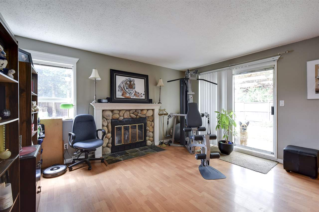 Townhouse at 5 19860 56 AVENUE, Unit 5, Langley, British Columbia. Image 5