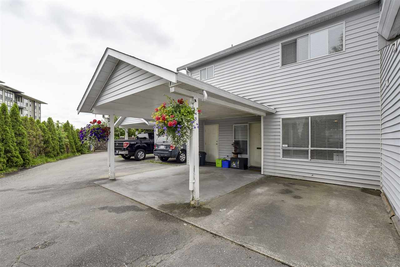 Townhouse at 4 19860 56 AVENUE, Unit 4, Langley, British Columbia. Image 2