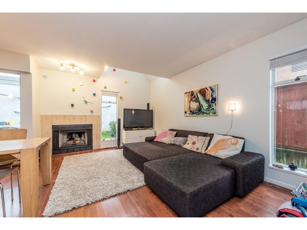 Half-duplex at 3060 W 8TH AVENUE, Vancouver West, British Columbia. Image 1