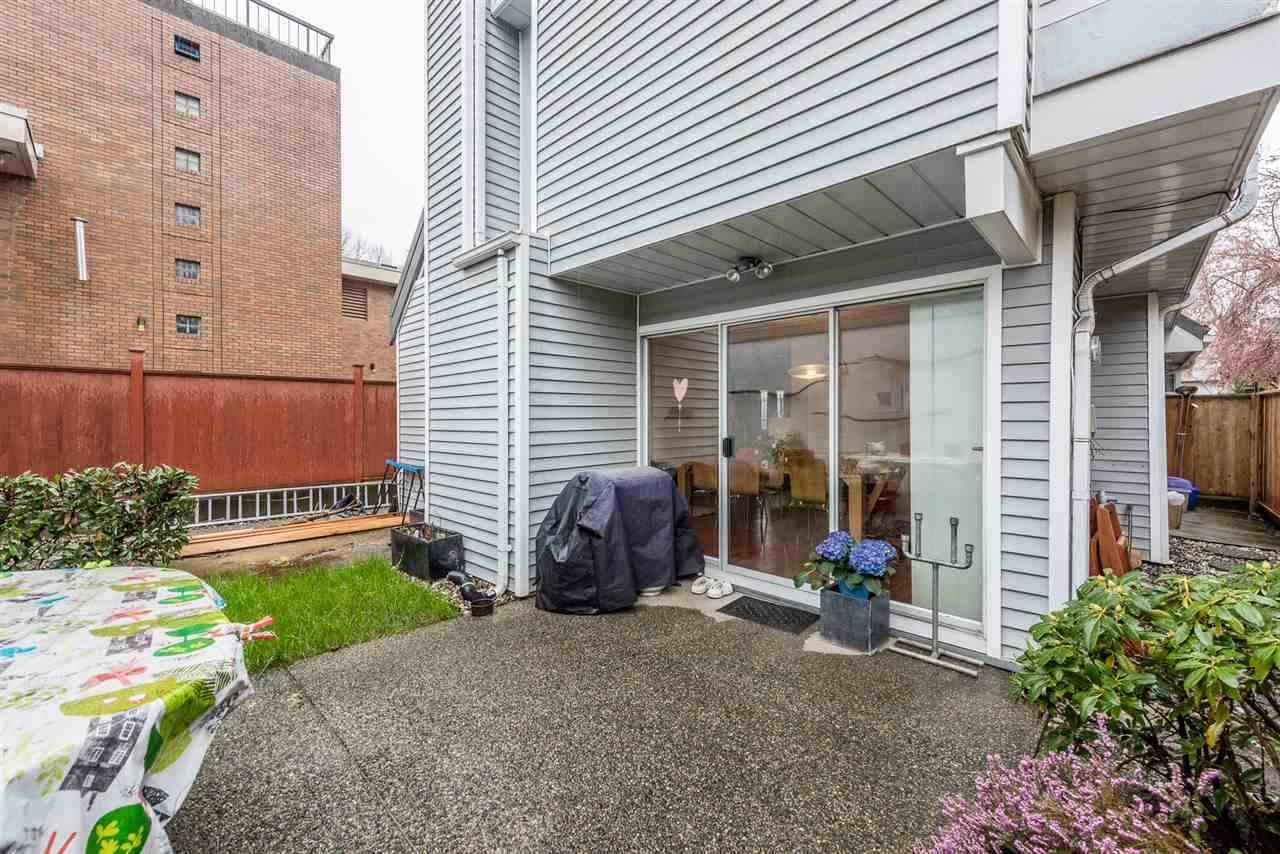 Half-duplex at 3060 W 8TH AVENUE, Vancouver West, British Columbia. Image 5