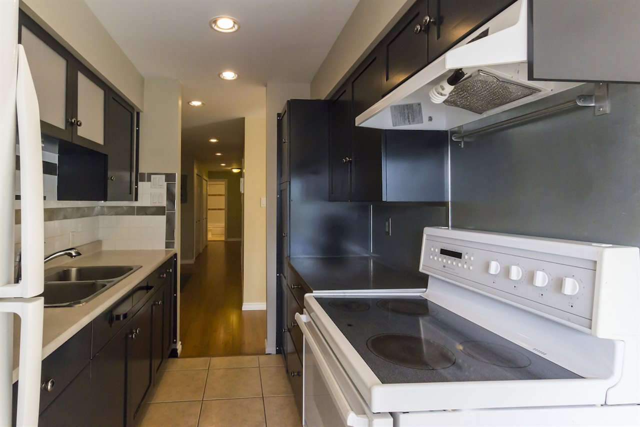 Condo Apartment at 106 815 FOURTH AVENUE, Unit 106, New Westminster, British Columbia. Image 2