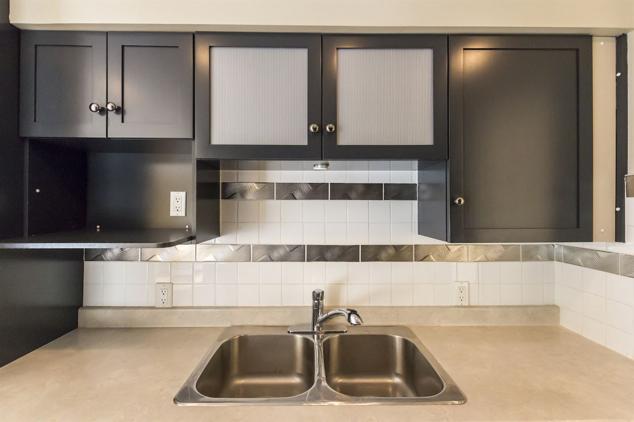 Condo Apartment at 106 815 FOURTH AVENUE, Unit 106, New Westminster, British Columbia. Image 7