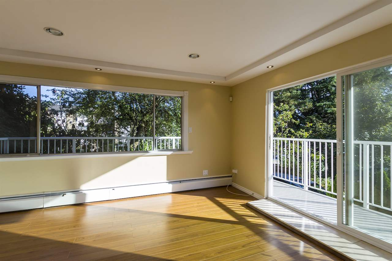 Condo Apartment at 106 815 FOURTH AVENUE, Unit 106, New Westminster, British Columbia. Image 9