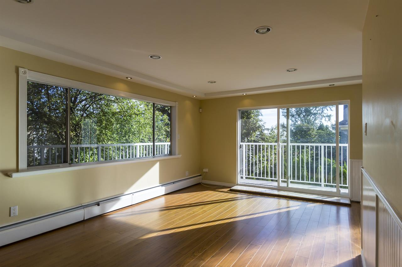 Condo Apartment at 106 815 FOURTH AVENUE, Unit 106, New Westminster, British Columbia. Image 10