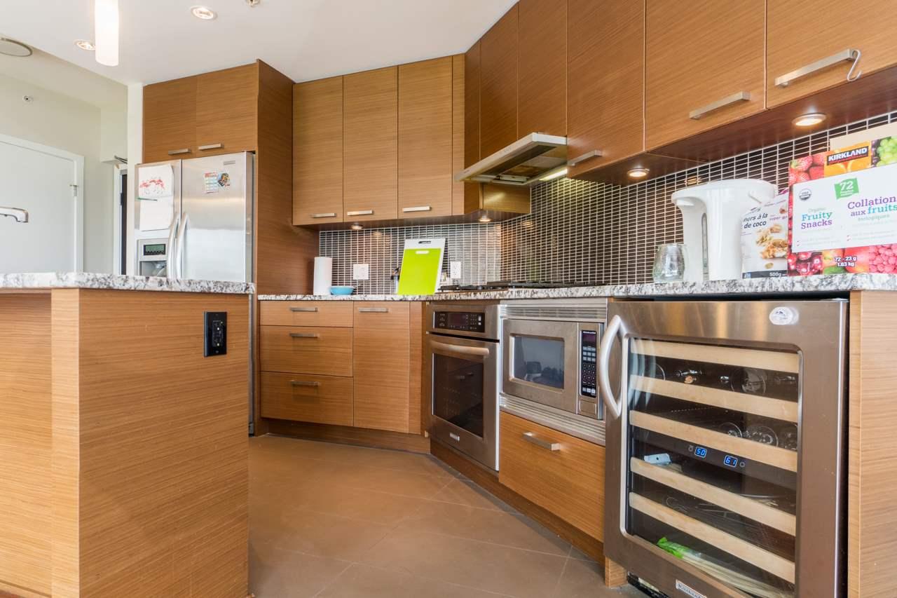 Condo Apartment at 405 6188 WILSON AVENUE, Unit 405, Burnaby South, British Columbia. Image 10