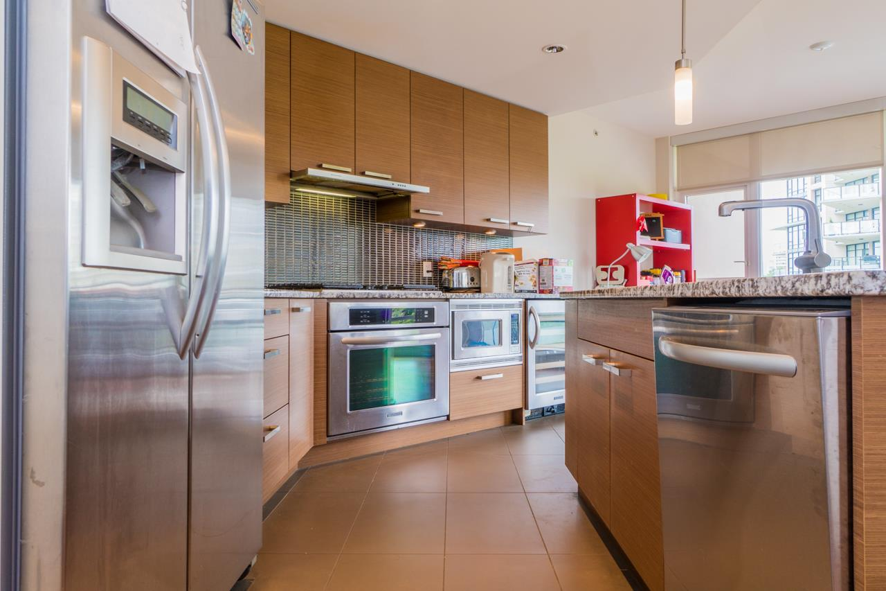 Condo Apartment at 405 6188 WILSON AVENUE, Unit 405, Burnaby South, British Columbia. Image 11