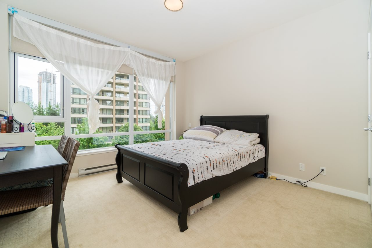 Condo Apartment at 405 6188 WILSON AVENUE, Unit 405, Burnaby South, British Columbia. Image 17