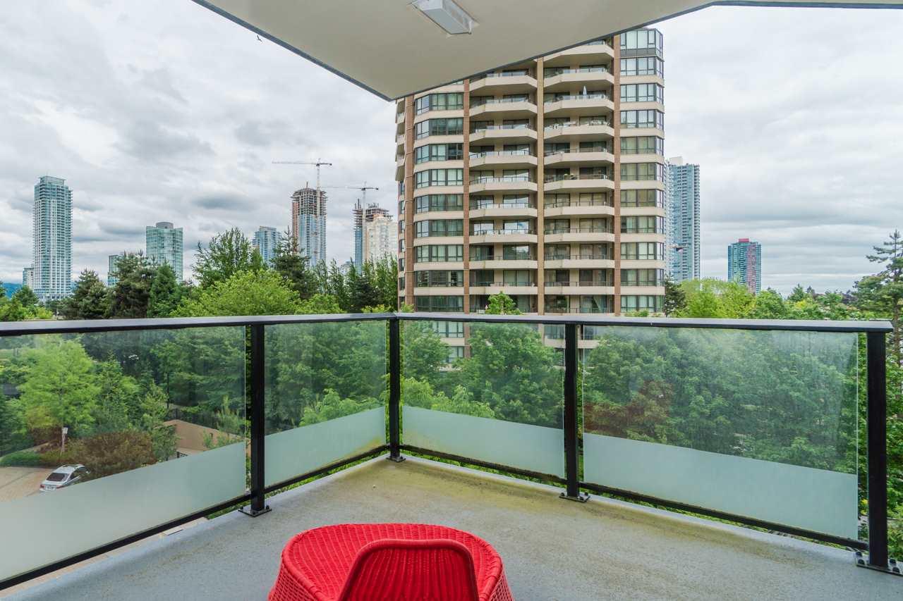 Condo Apartment at 405 6188 WILSON AVENUE, Unit 405, Burnaby South, British Columbia. Image 19
