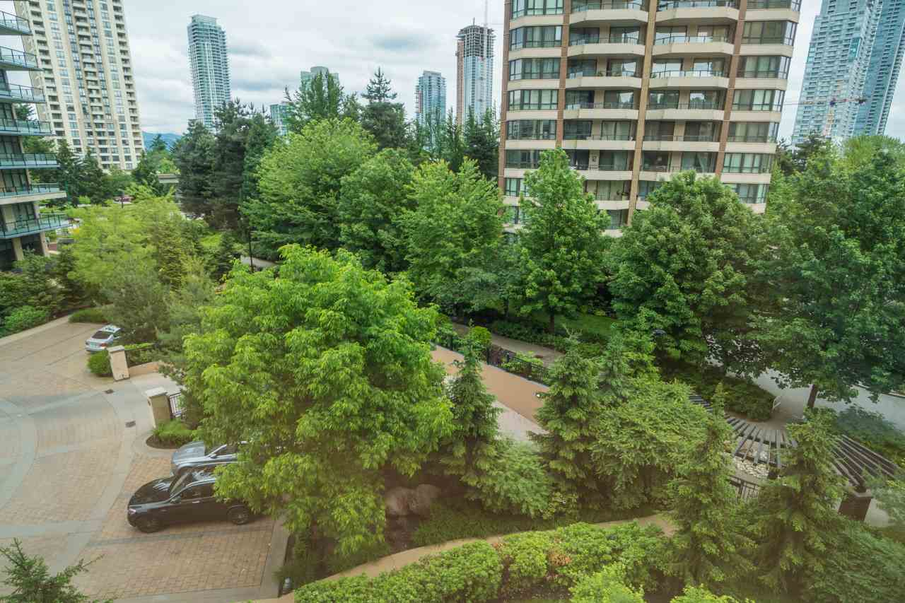 Condo Apartment at 405 6188 WILSON AVENUE, Unit 405, Burnaby South, British Columbia. Image 20