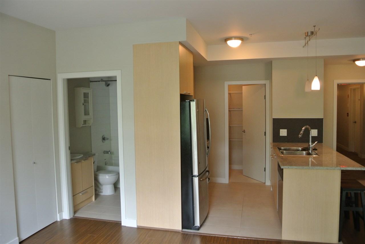 Condo Apartment at 201 707 E 20TH AVENUE, Unit 201, Vancouver East, British Columbia. Image 4