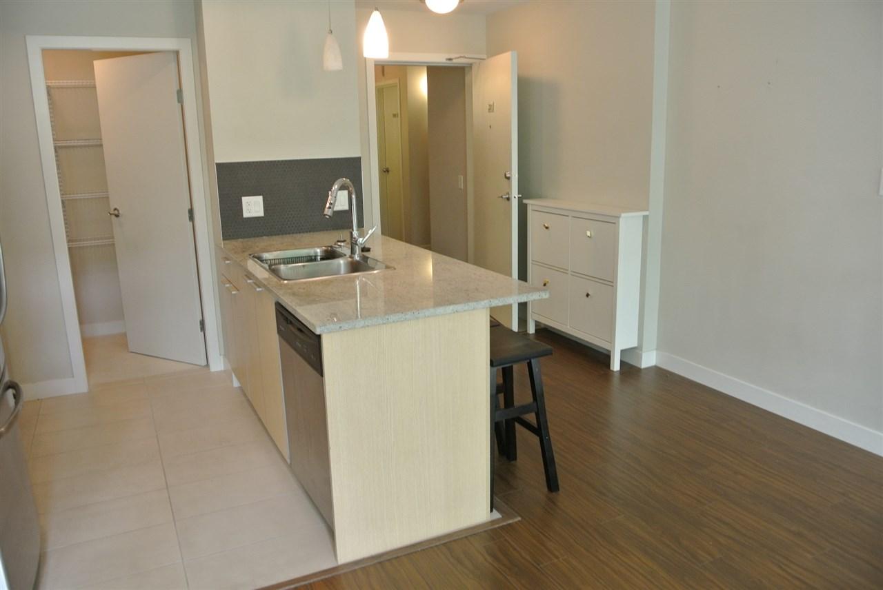 Condo Apartment at 201 707 E 20TH AVENUE, Unit 201, Vancouver East, British Columbia. Image 6