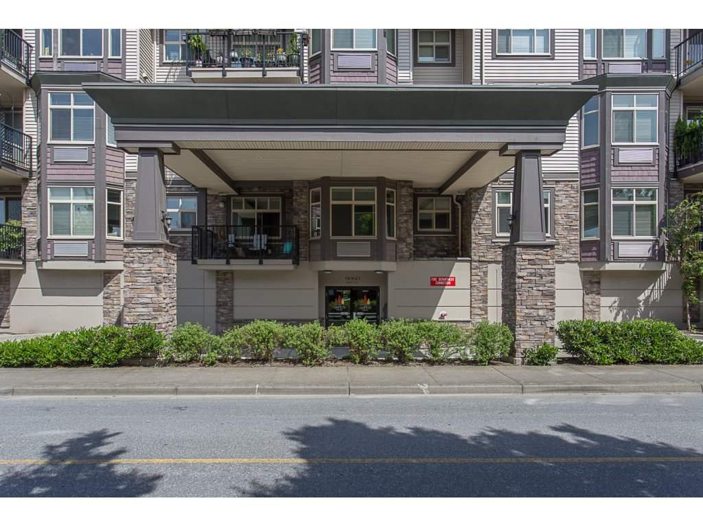 Condo Apartment at 400 9060 BIRCH STREET, Unit 400, Chilliwack, British Columbia. Image 2
