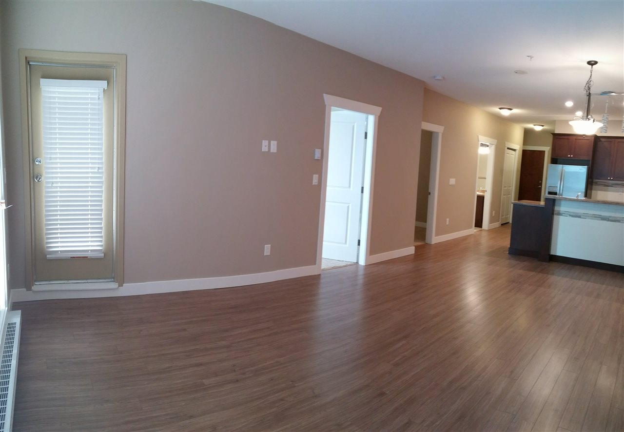 Condo Apartment at 602 14333 104 AVENUE, Unit 602, North Surrey, British Columbia. Image 6