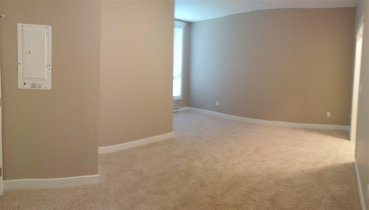 Condo Apartment at 602 14333 104 AVENUE, Unit 602, North Surrey, British Columbia. Image 8