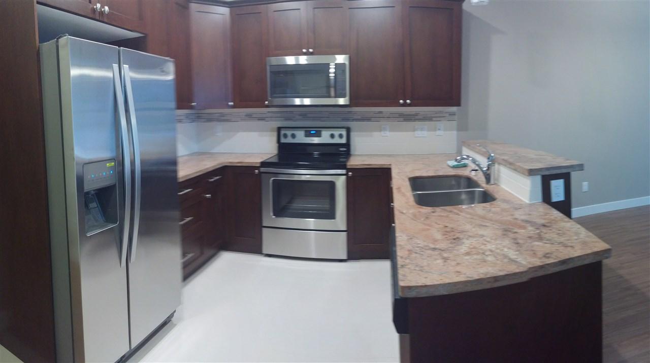Condo Apartment at 602 14333 104 AVENUE, Unit 602, North Surrey, British Columbia. Image 10