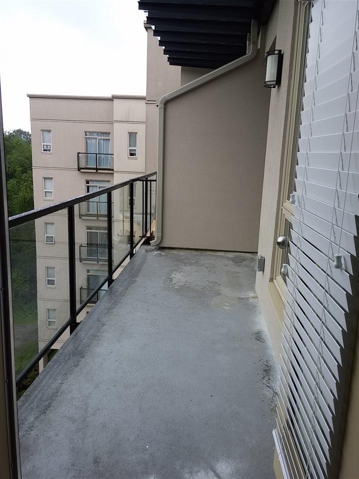 Condo Apartment at 602 14333 104 AVENUE, Unit 602, North Surrey, British Columbia. Image 11