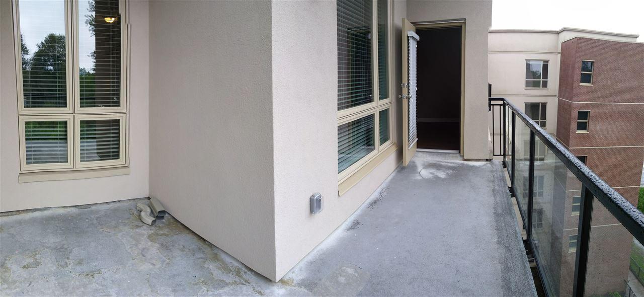 Condo Apartment at 602 14333 104 AVENUE, Unit 602, North Surrey, British Columbia. Image 12