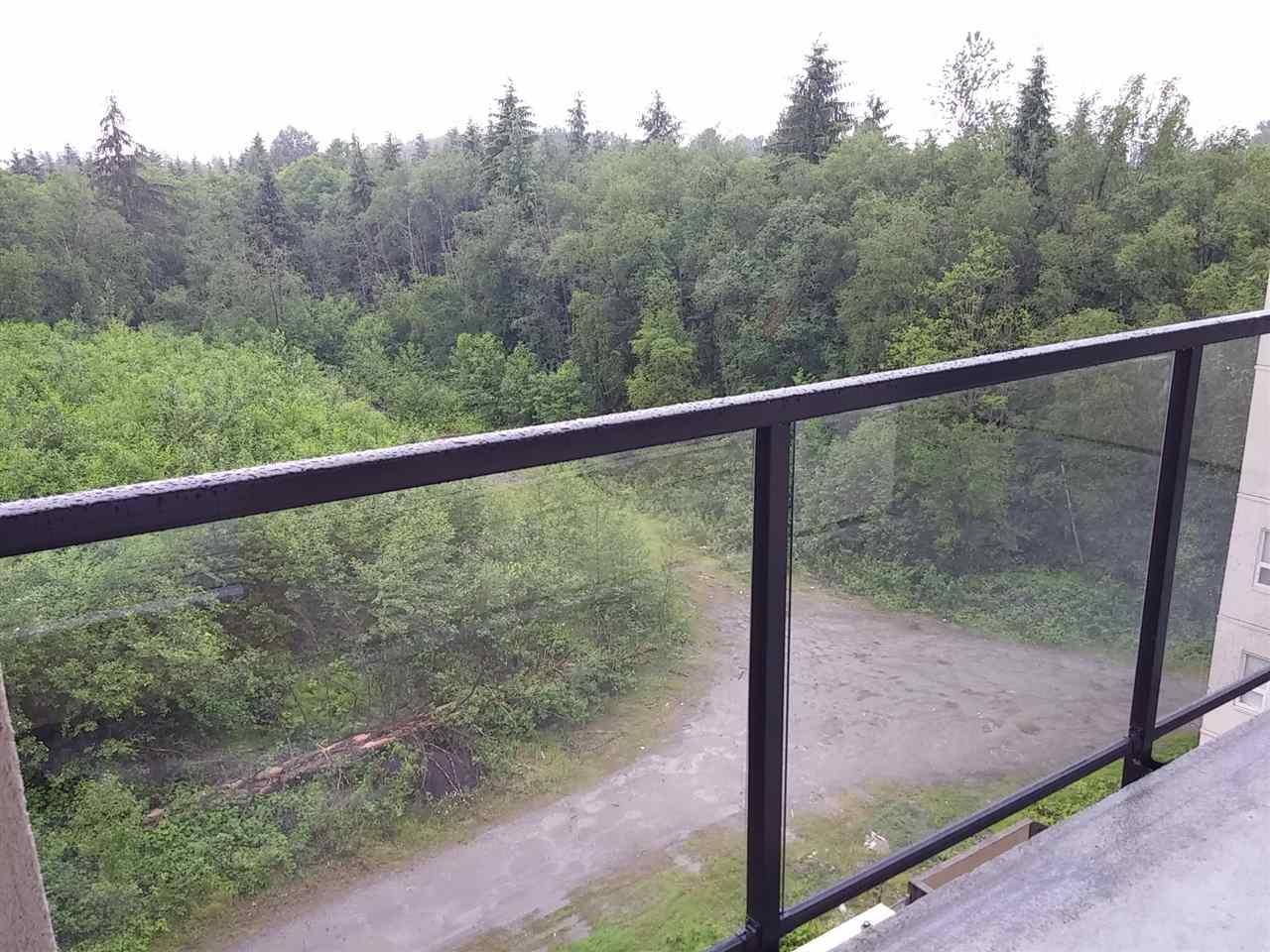 Condo Apartment at 602 14333 104 AVENUE, Unit 602, North Surrey, British Columbia. Image 13