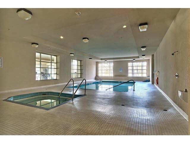 Condo Apartment at 602 14333 104 AVENUE, Unit 602, North Surrey, British Columbia. Image 14