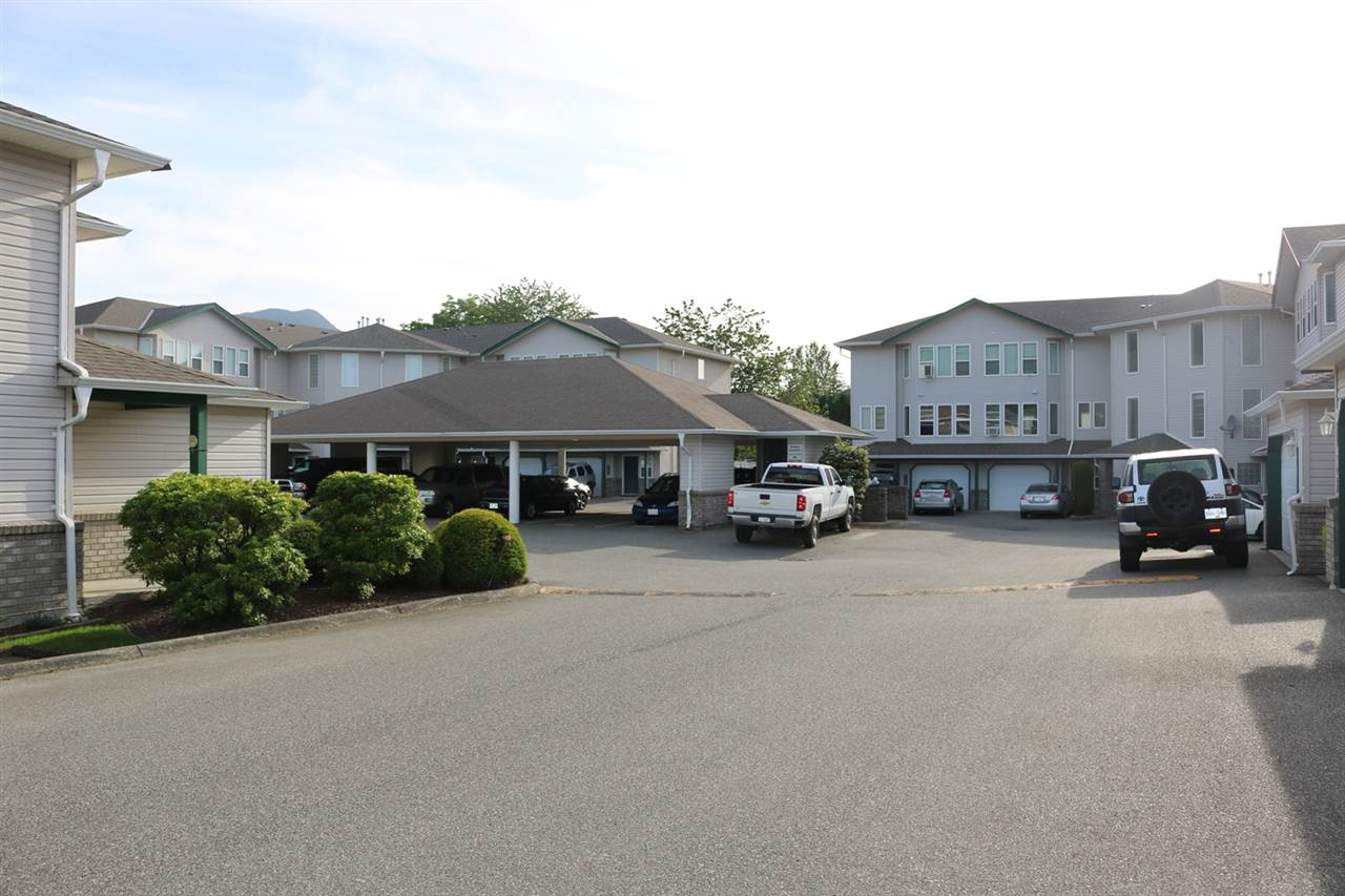 Condo Apartment at 208 5765 VEDDER ROAD, Unit 208, Sardis, British Columbia. Image 2