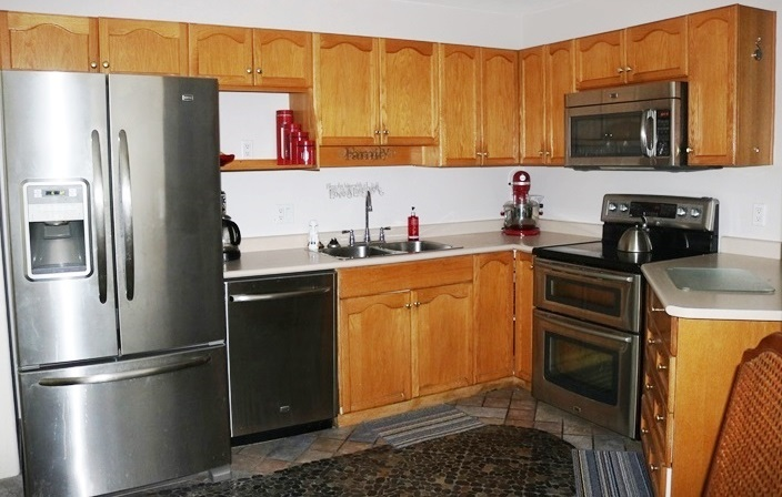 Condo Apartment at 208 5765 VEDDER ROAD, Unit 208, Sardis, British Columbia. Image 9