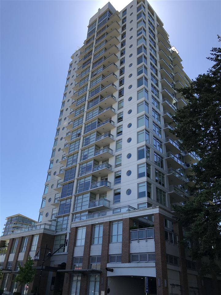 Condo Apartment at 705 15152 RUSSELL AVENUE, Unit 705, South Surrey White Rock, British Columbia. Image 1