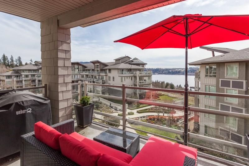 Condo Apartment at 401 580 RAVEN WOODS DRIVE, Unit 401, North Vancouver, British Columbia. Image 8