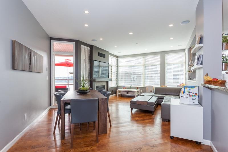 Condo Apartment at 401 580 RAVEN WOODS DRIVE, Unit 401, North Vancouver, British Columbia. Image 9