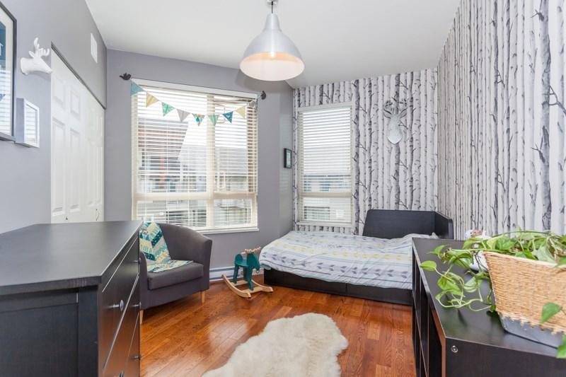 Condo Apartment at 401 580 RAVEN WOODS DRIVE, Unit 401, North Vancouver, British Columbia. Image 11